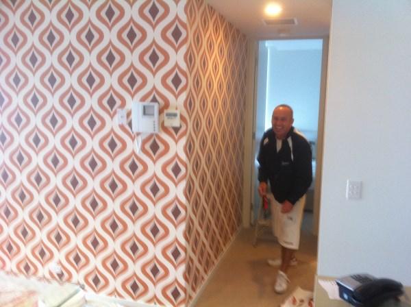 Wallpaper Gold Coast - Trippy Retro
